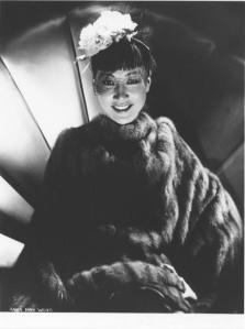 Anna in furcoat